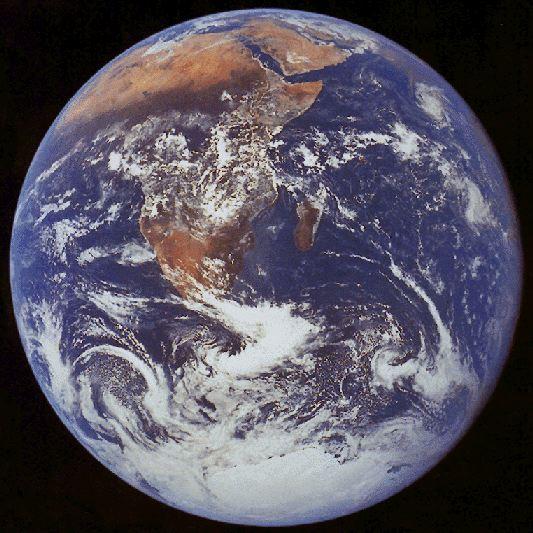 https://nssdc.gsfc.nasa.gov/image/planetary/earth/apollo17_earth.jpg