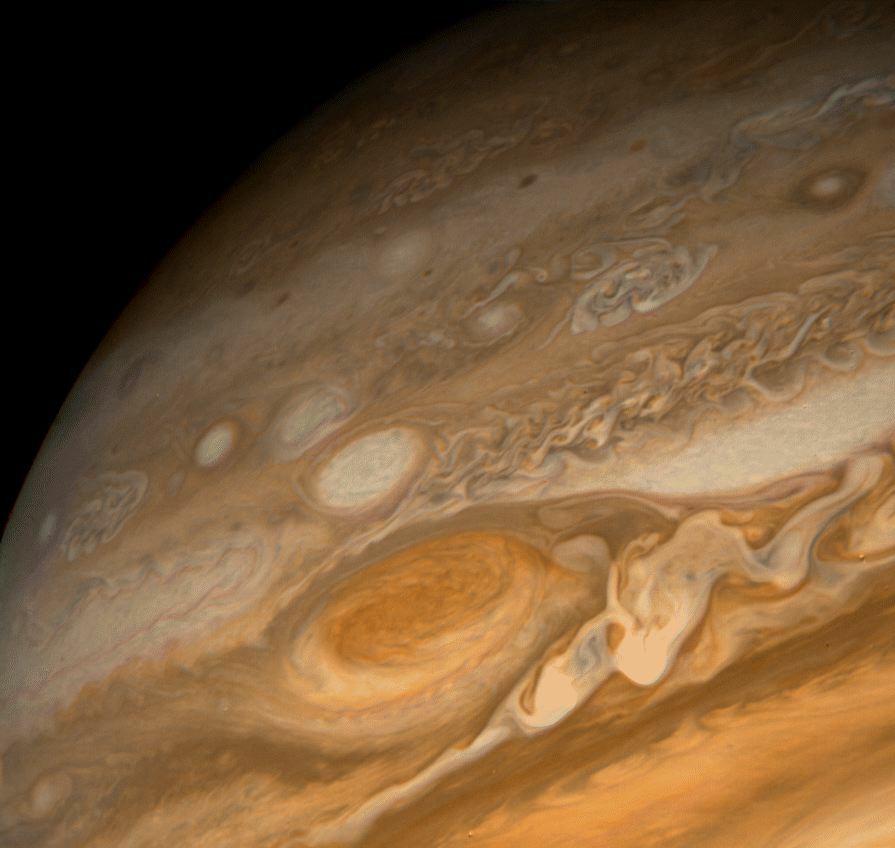 Inside Jupiter Great Red Spot