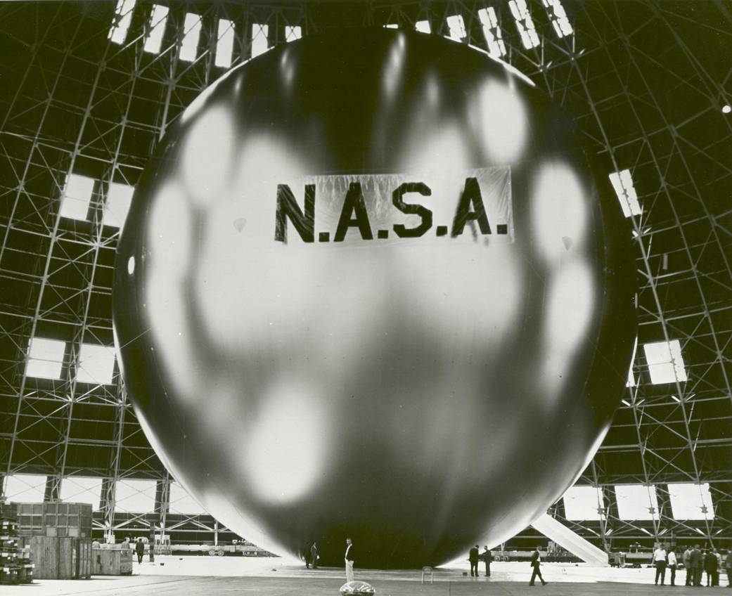 Nasa nssdca spacecraft details image of the echo 2 spacecraft sciox Image collections