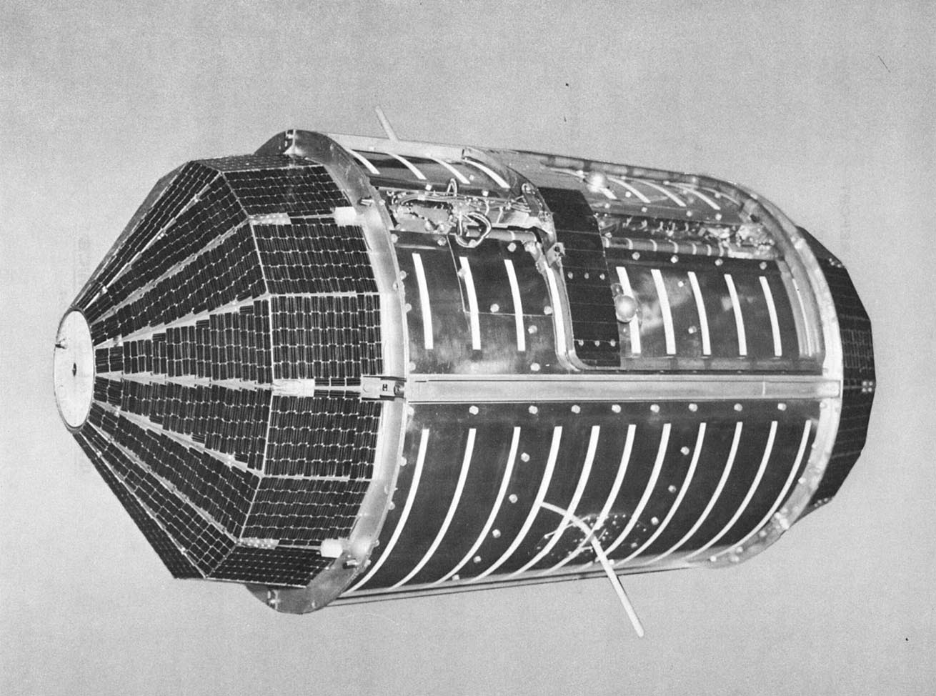 Nasa nssdca spacecraft details image of the ov1 14 spacecraft sciox Image collections