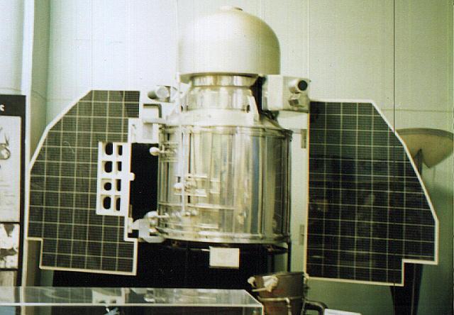 Venera-type planetary probe similar to the Marsnik 1 spacecraft<br />Photo courtesy of NASA venera1_vsm.jpg
