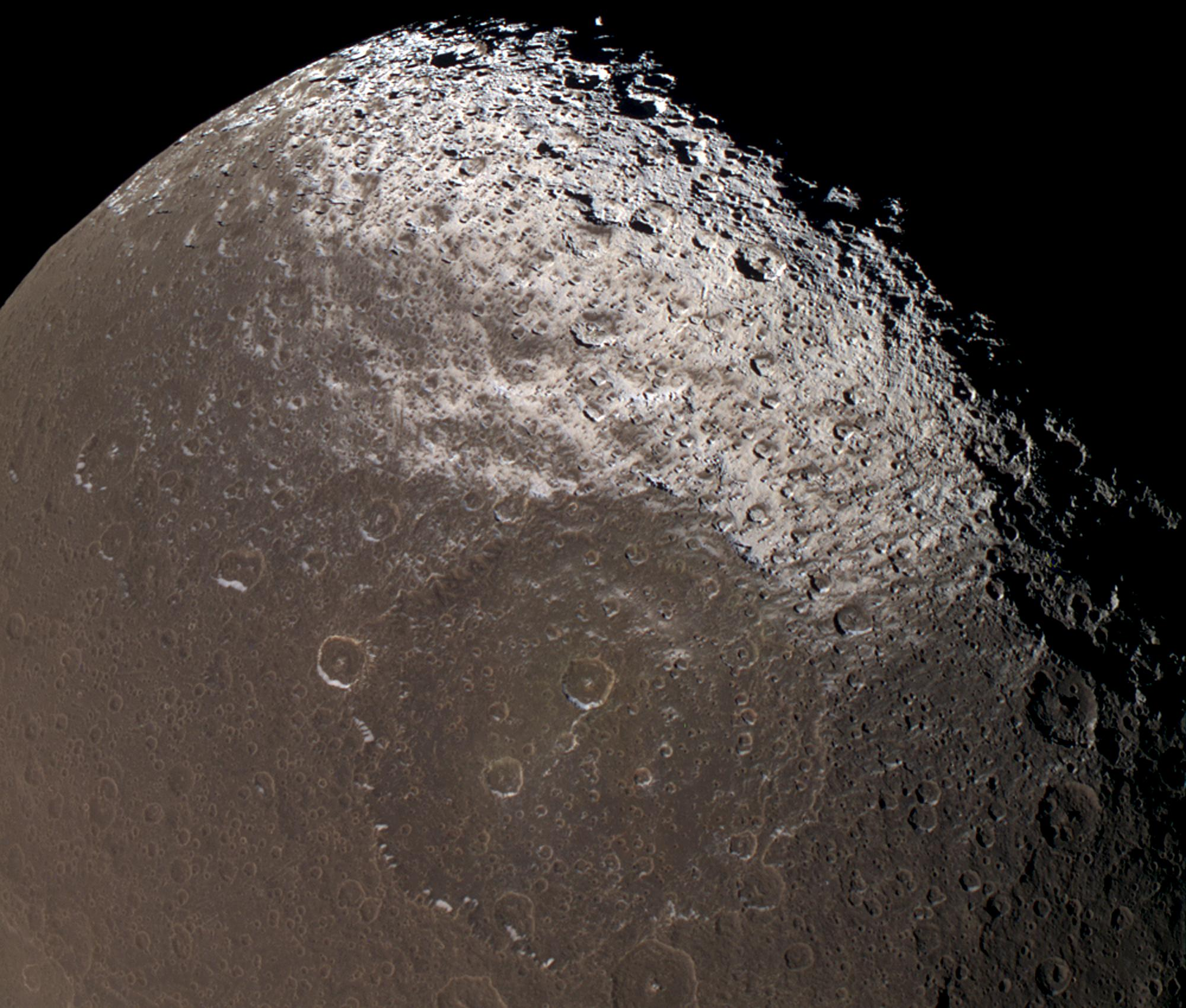iapetus moon - photo #9