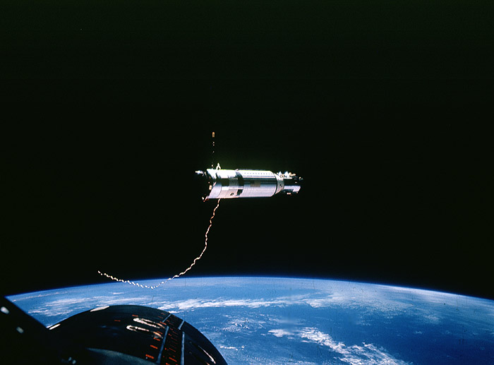 GATV-11 in orbit, viewed from Gemini 11 after the two vehicles had been tied together with the tether hanging loose in the foregroundNASA photo gemini_atv_11.jpg
