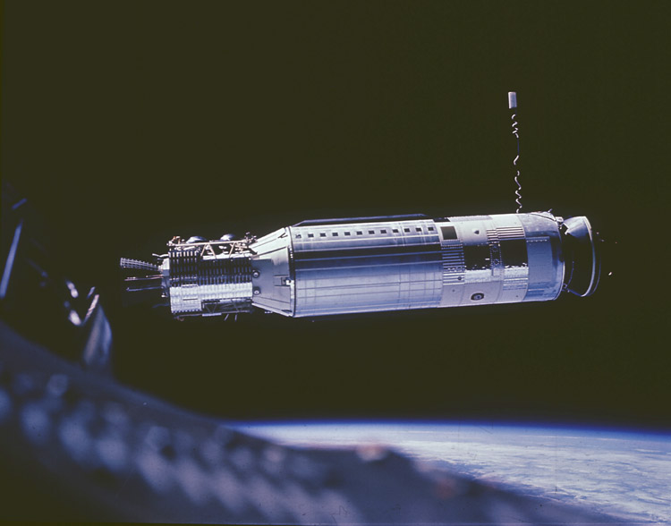 Nasa nssdca spacecraft details image of the gemini 8 target spacecraft sciox Image collections
