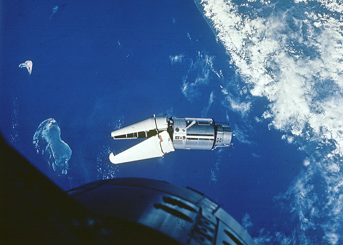 Nasa nssdca spacecraft details image of the gemini 9 target b spacecraft sciox Image collections