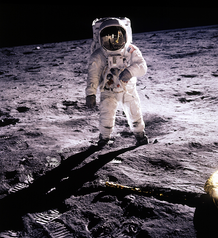 neil armstrong on the moon 1969 - photo #4